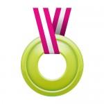真ん中に穴の空いた緑色のメダルイラスト