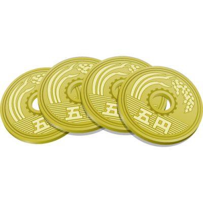 4枚重なる五円玉硬貨のイラスト